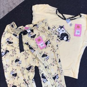 LooneyTunes Pajama Set